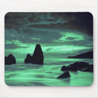 Playa, resaca y piedra mousepad