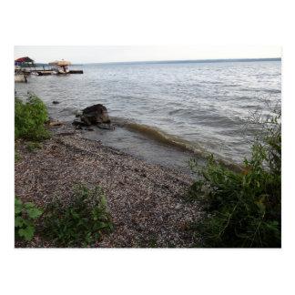 Playa rocosa del lago Cayuga Postal