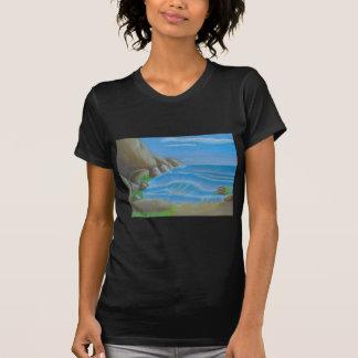 Playa rocosa camisetas