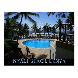 Playa romántica de Nyali, postal de Kenia de la co