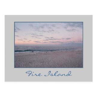 """""""Playa rosada y azul en postal del amanecer"""""""