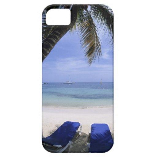 Playa, sillón, palmera, horizonte encima iPhone 5 Case-Mate cárcasa