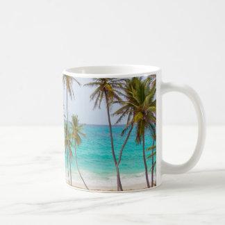 Playa tropical colorida tazas