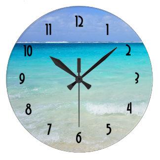Playa tropical del Caribe azul azul Reloj Redondo Grande