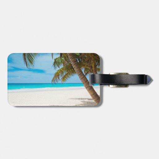 Playa tropical del paraíso etiqueta de equipaje
