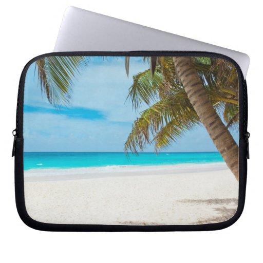 Playa tropical del paraíso fundas ordendadores