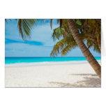 Playa tropical del paraíso tarjetón