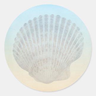 Playa tropical del Seashell Pegatina Redonda