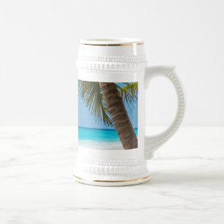 Playa tropical perfecta del paraíso jarra de cerveza