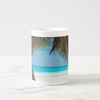 Playa tropical perfecta del paraíso taza de porcelana
