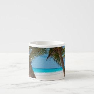 Playa tropical perfecta del paraíso taza espresso