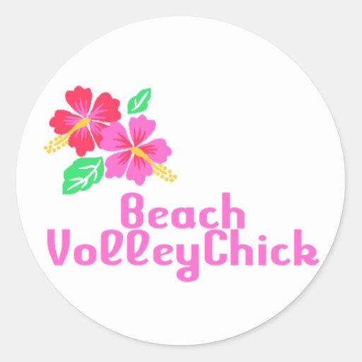 Playa VolleyChick del voleibol Pegatina Redonda