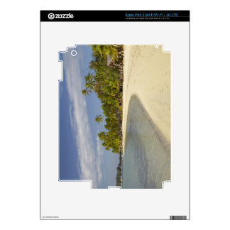 Playa y palmeras, centro turístico isleño 2 de la  iPad 3 pegatinas skins