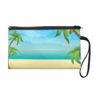 Playa y palmeras tropicales