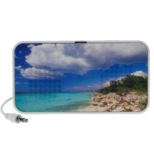 Playas, Barahona, República Dominicana, 2 iPod Altavoces