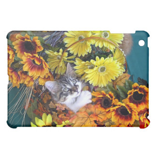 Playful Baby Maine Coon Kitten in Pretty Flowers iPad Mini Cover