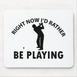 Playing  golf mousepads