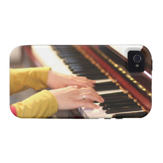 Playing the Piano Case-Mate iPhone 4 Case