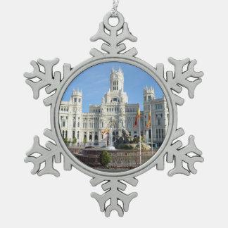 Plaza de Cibeles, Madrid Snowflake Pewter Christmas Ornament