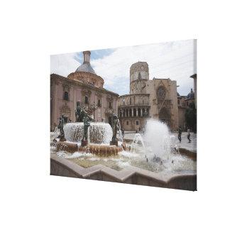 Plaza De La Virgin And Basilica De Virgen Canvas Print