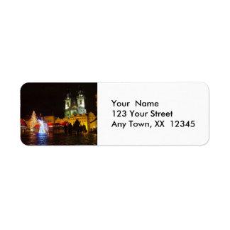 Plaza de Praga en la vuelta Addre de la noche de n Etiquetas De Remite