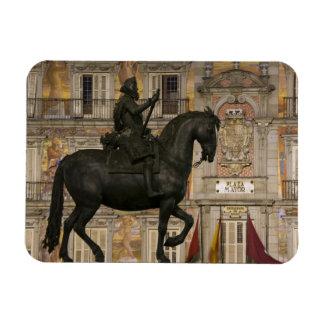 Plaza Mayor with statue of Filipe III, Madrid, Magnet