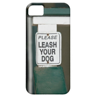 Please leash your dog sign iPhone SE/5/5s case