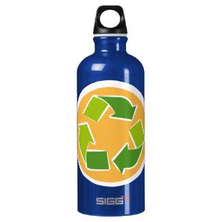 Please Recycle liberty bottle - edamame SIGG Traveler 0.6L Water Bottle