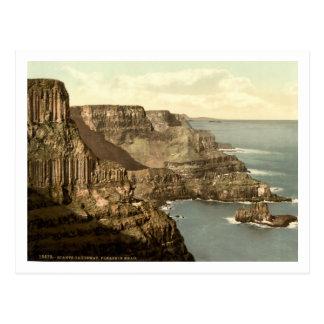 Pleaskin Head, Giants Causeway, Co. Antrim Postcard
