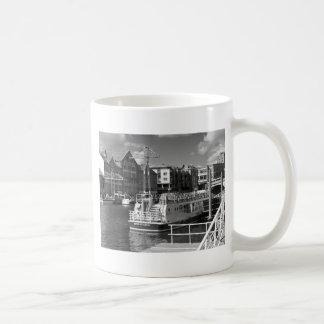 Pleasure boats on the York river Ouse. Coffee Mug