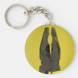 pliers keychain