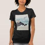 Plovers over waves Ukiyoe T-shirt
