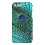 Pluma azul del pavo real de la aguamarina metálica funda de iPhone 6 barely there