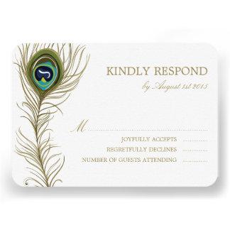 Pluma caprichosa del pavo real que casa la tarjeta invitacion personal