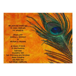 Pluma del pavo real con el boda anaranjado anuncios