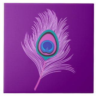 Pluma del pavo real de la orquídea en púrpura azulejo cuadrado grande