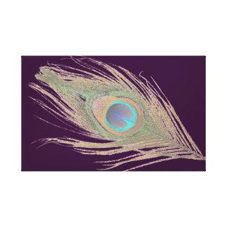 Pluma del pavo real en púrpura oscura impresiones de lienzo