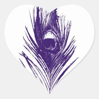 Pluma púrpura del pavo real en pegatina del