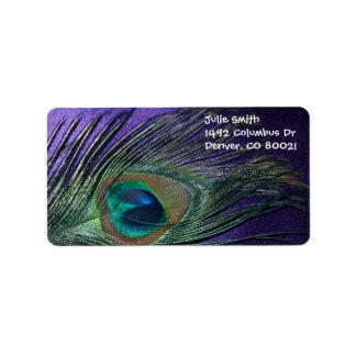 Pluma púrpura sedosa del pavo real etiqueta de dirección