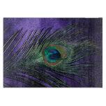 Pluma púrpura sedosa del pavo real tabla de cortar