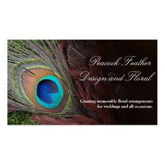 Pluma rica del pavo real con el musgo verde plantillas de tarjeta de negocio