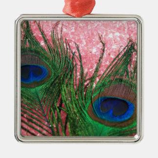 Pluma rosa clara rocosa del pavo real ornamentos de navidad