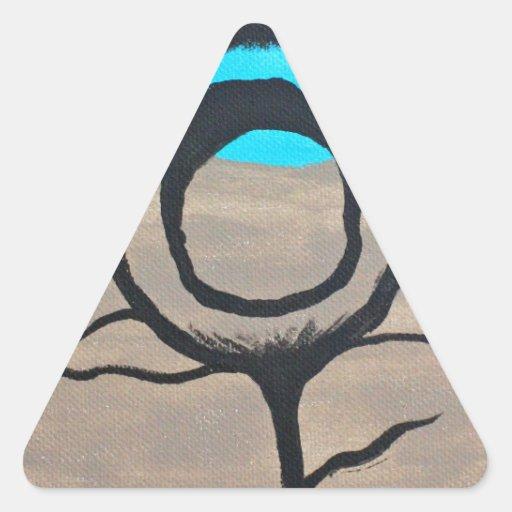 Pluma tricolora del pavo real pegatina triangular