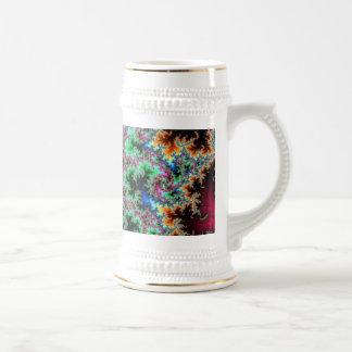 Plumas abstractas del pavo real - arte colorido jarra de cerveza