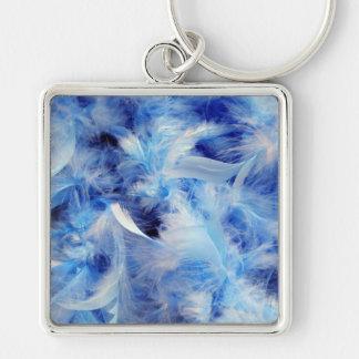 Plumas azules llavero cuadrado plateado