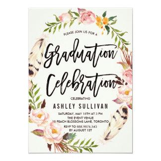 """Plumas bohemias y fiesta de graduación floral de invitación 5"""" x 7"""""""