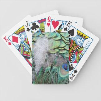 Plumas del pavo real con los ojos azules baraja cartas de poker