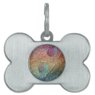 Plumas del pavo real del brillo del arco iris placas de mascota