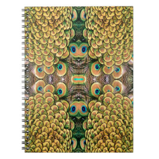 Plumas del pavo real del verde esmeralda y del oro libros de apuntes con espiral