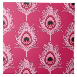 Plumas del pavo real, rosa en colores pastel en azulejo cuadrado grande